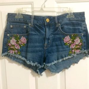 Dark blue floral embroidery shorts